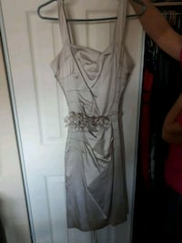 Le chateau  M dress worn once Brampton, L6Z 4C4