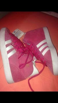 pink-and-white Adidas high top sneakers Oakland, 94606