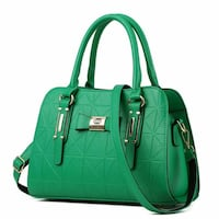 green leather 2-way bag Montréal, H3N 1Z5