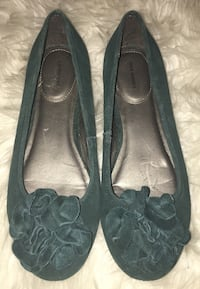 Lands End green suede ballet flats size 7 Puyallup, 98375