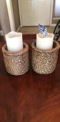 Two white and brown ceramic vases Las Vegas, 89109