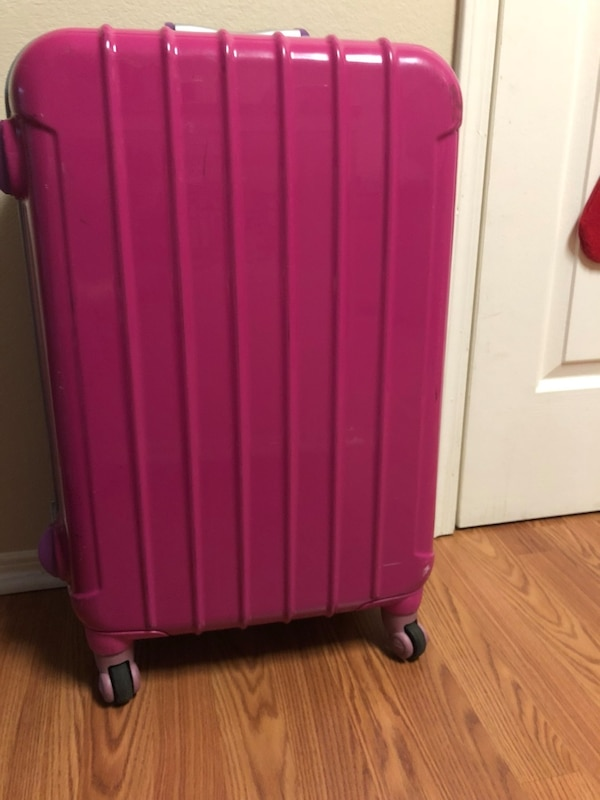 24 inch suitcase