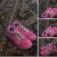 Pink-and-white nike basketball shoes Rockwall, 75032
