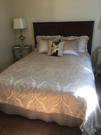 BRAND NEW High End Queen Duvet Cover with 2 Shams