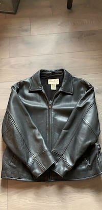 Women's leather jacket Brampton, L7A 4W5