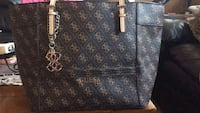 Brand New Never Used Guess Purse Calgary, T2W 3Z4