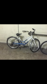 White and blue cruiser bicycle Silver Spring, 20910