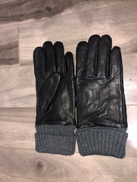 CALVIN KLEIN WINTER GLOVES  Mississauga, L4T 2V8