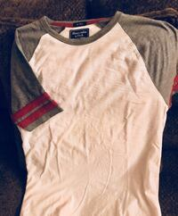 Abercrombie and Fitch Men's XS baseball tee Hanover, 17331