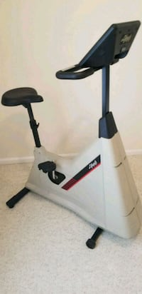 Lifecycle 6500 Heart Rate Stationary Bike Germantown, 20874