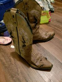brown leather cowboy boots New Castle, 47362
