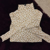 Adorable dainty floral turtle neck top Edinburgh, EH4 7LB