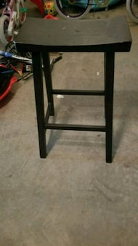 Counter height stool in black color. In great condition Centreville, 20121