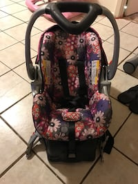 black and red floral car seat carrier Bossier City, 71112