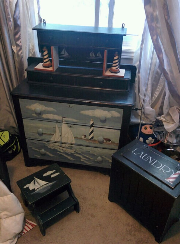 5 piece Hand Painted Nautical Themed bedroom Furn. e068a1f5-7a5e-4d6c-80e4-6f8e74f23d5b