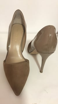 Women's pair of brown/tan high heels SAKS FIFTH AVENU size 5.5 Delaplane, 20144