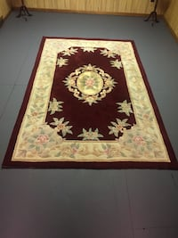 Red and white floral area rug Burlington, L7P 2T8