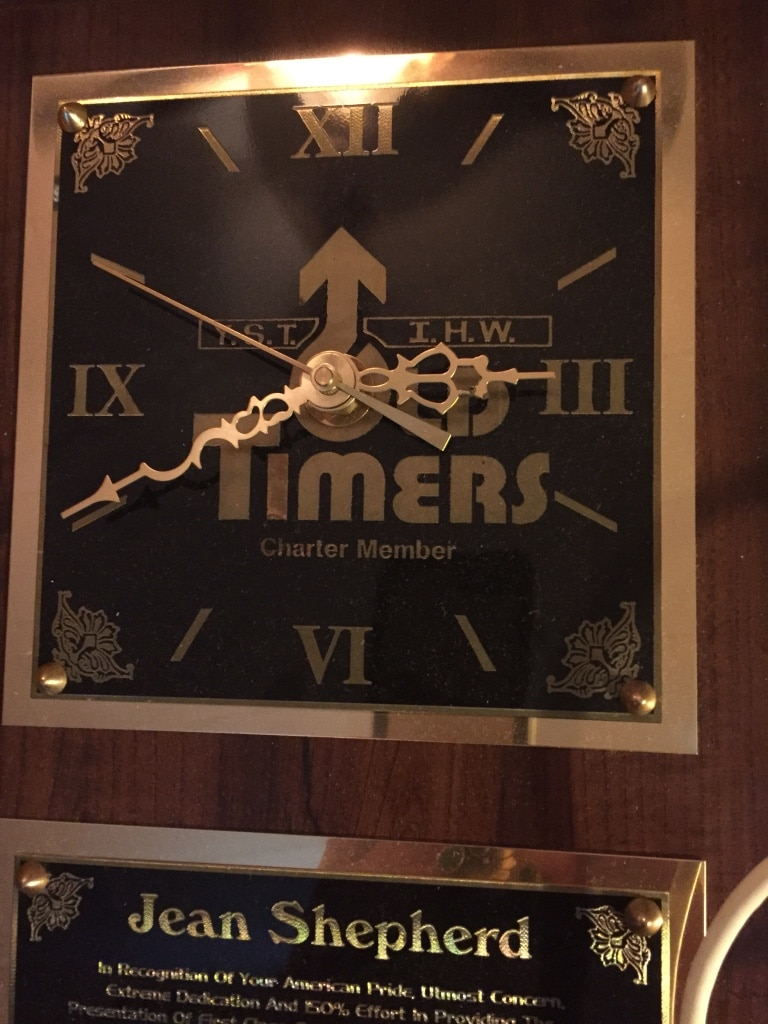 Photo Jean Shepard Old Timers Award in country music clock