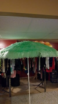 6ft luau umbrella missing one white cap as shiwn Woodstock, 60098