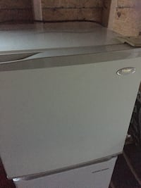 Small dorm size refrigerator works good Portsmouth, 23701