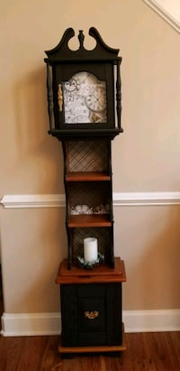 Display/liquor cabinet 43 mi