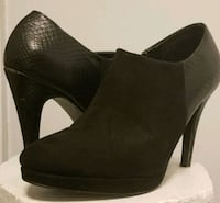 pair of black leather almond toe stiletto booties Toronto, M1P 1H3