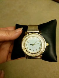 Ladie's watch Parsippany-Troy Hills, 07054