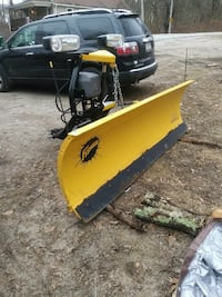 yellow and gray plow blade Millville, 01529