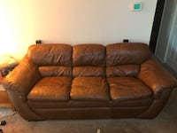 Nice leather couch Towson, 21239