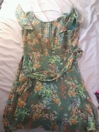Used this dress only once Vancouver, V6E 4C2