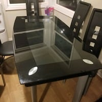 Kitchen Table. Good condition. You can have the chairs too Franklin Park