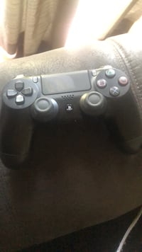 black Sony PS4 Dualshock 4 controller Fort Washington, 20744