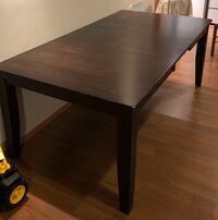 **MOVING SALE** Kitchen Table Calgary, T3K 0H8