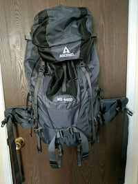 Ascend MS 4400 hiking pack - NEW - Never been used