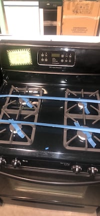 Frigidaire gas stove  Baltimore, 21223