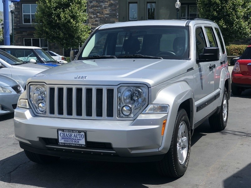 2012 Jeep Liberty RWD Sport Latitude ONLY 73 Miles