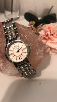 round silver-colored analog watch with link bracelet Tampa, 33635