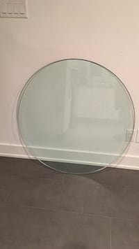 round glass table deck