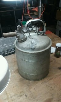Protectoseal 5 gal gas can Myersville, 21773