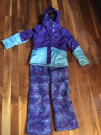 Teal and purple snow suit size 10 Laval, H7V