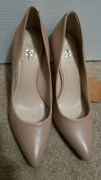 NEW Vince Camuto 7.5 heels