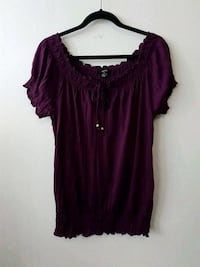 Ladies top size Large  Mississauga, L5A 3Y3