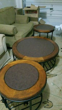 Coffee table and 2 end tables Chantilly, 20152