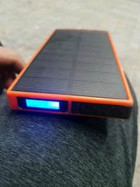 Solar panel wireless portable charger  Surrey, V3T 4G7