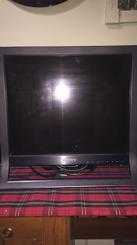19 SONY Computer Monitor good condition