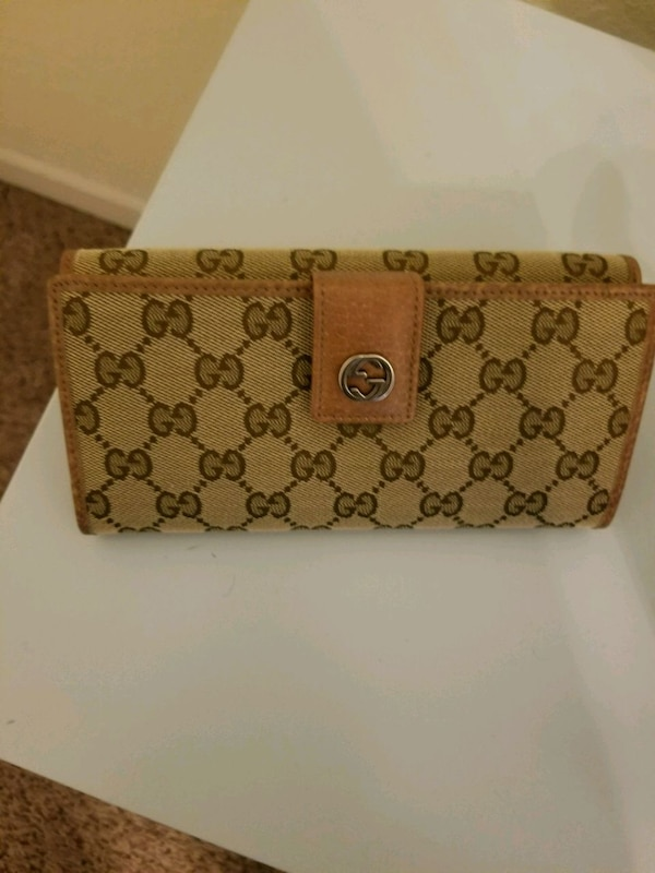 e460eb403bdc Used Gucci bag with wallet valued at 1700. for sale in Union City - letgo