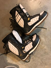 Womens snowboard boots – Morrow – Never used?