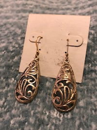 Gold Handmaid Earrings  Centreville, 20120