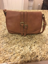 brown leather crossbody bag screenshot North Las Vegas, 89030
