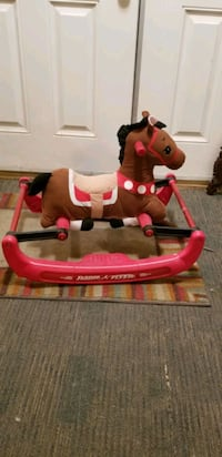 Radio flyer soft rocking horse with sounds Las Vegas, 89110